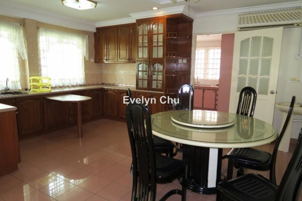 For Rent Terrace at BU10, Bandar Utama Freehold Fully Furnished 4R/3B 3k