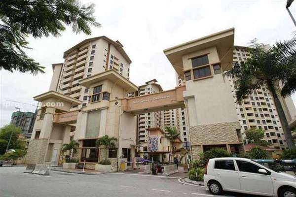 For Sale Condominium at Palm Spring, Kota Damansara Leasehold Semi Furnished 3R/2B 430k