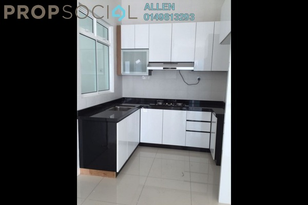 For Rent Condominium at Sky Suites @ Meldrum Hills, Johor Bahru Freehold Semi Furnished 2R/2B 1.7k