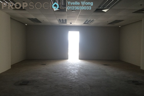 For Sale Office at Oval Tower, TTDI Freehold Semi Furnished 0R/0B 840k