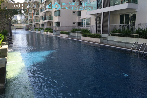 For Sale Condominium at Hijauan Saujana, Saujana Freehold Semi Furnished 3R/2B 720k