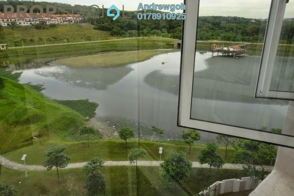 For Sale Condominium at Cova Villa, Kota Damansara Freehold Semi Furnished 2R/2B 580k