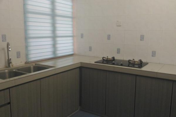 For Rent Condominium at USJ 17, UEP Subang Jaya Freehold Semi Furnished 3R/2B 2k