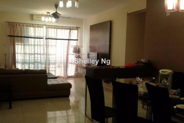 For Sale Condominium at Sterling, Kelana Jaya Leasehold Semi Furnished 3R/2B 720k