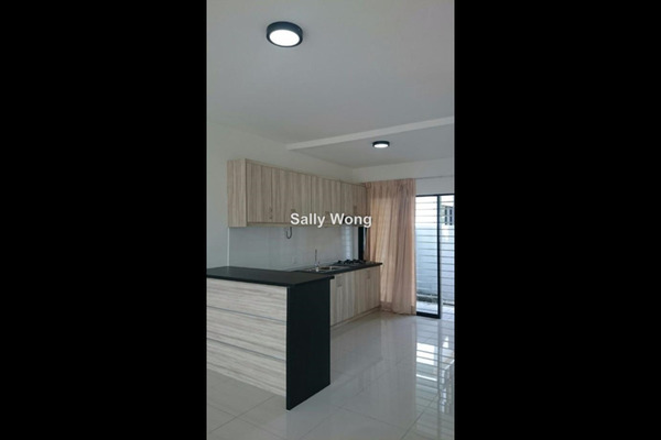 For Rent Terrace at Lake Fields, Sungai Besi Leasehold Semi Furnished 5R/4B 2.3k