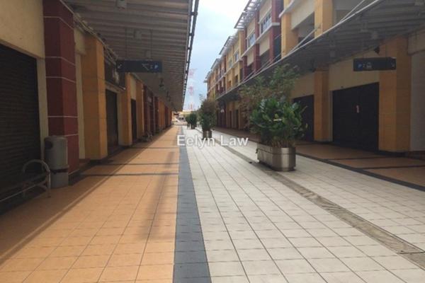 For Rent Office at Plaza Glomac, Kelana Jaya Leasehold Unfurnished 0R/0B 1.7k