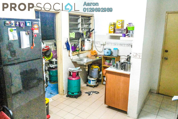For Sale Condominium at Flora Damansara, Damansara Perdana Leasehold Semi Furnished 3R/2B 230k