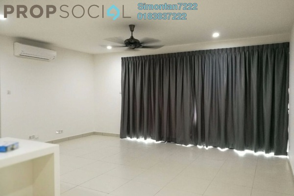 For Sale Condominium at Cristal Residence, Cyberjaya Freehold Semi Furnished 3R/2B 645k