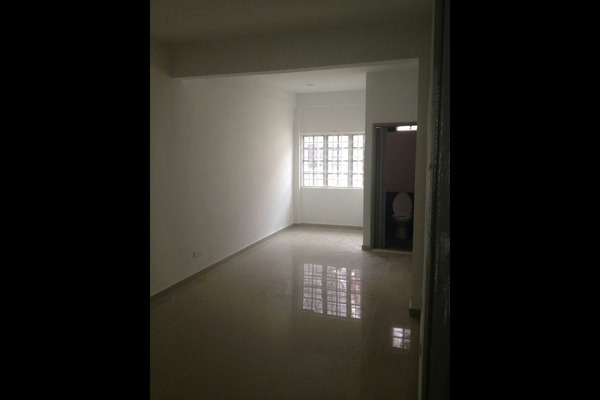 For Sale Terrace at USJ 1, UEP Subang Jaya Leasehold Semi Furnished 4R/2B 660k