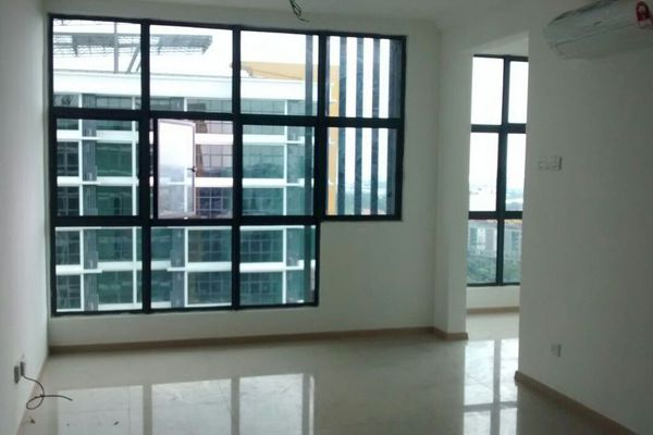 For Sale SoHo/Studio at Vista Alam, Shah Alam Leasehold Semi Furnished 2R/2B 450k