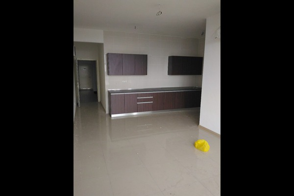 For Sale Condominium at Vista Alam, Shah Alam Leasehold Semi Furnished 3R/2B 535k