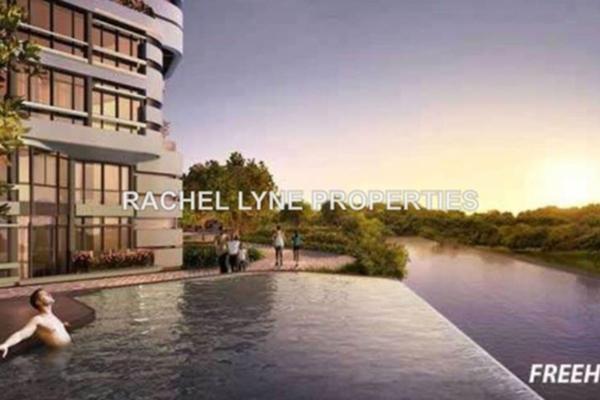 For Sale Condominium at AraGreens Residences, Ara Damansara Leasehold Semi Furnished 1R/1B 650k