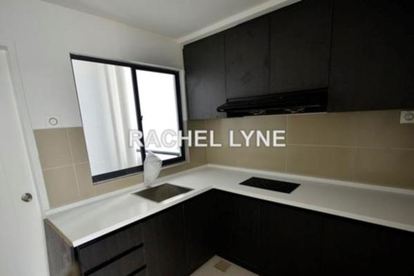 For Rent Condominium at Boulevard Residence, Bandar Utama Leasehold Semi Furnished 3R/2B 1.7k