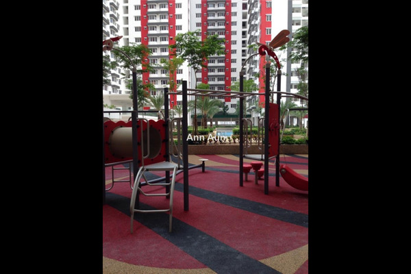 For Sale Condominium at Main Place Residence, UEP Subang Jaya Leasehold Fully Furnished 2R/1B 430k