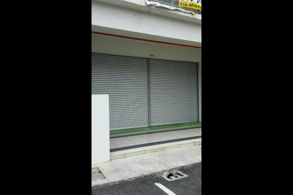 For Rent Shop at Pearl Avenue, Kajang Freehold Unfurnished 0R/1B 5k