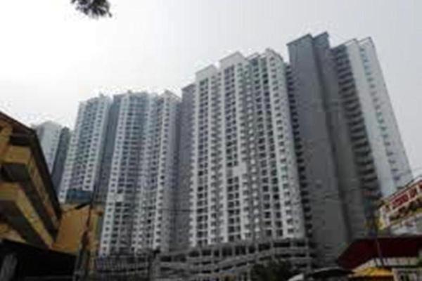 For Sale Condominium at Symphony Heights, Selayang Leasehold Semi Furnished 3R/2B 375k