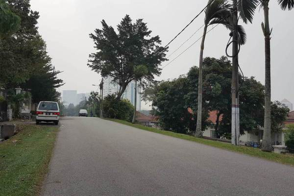 For Rent Bungalow at SS3, Kelana Jaya Freehold Semi Furnished 4R/3B 3.6k