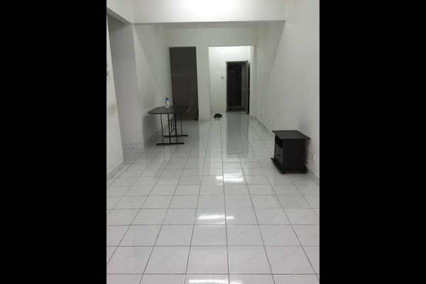 For Rent Condominium at Suria KiPark Damansara, Kepong Freehold Unfurnished 4R/2B 1.8k