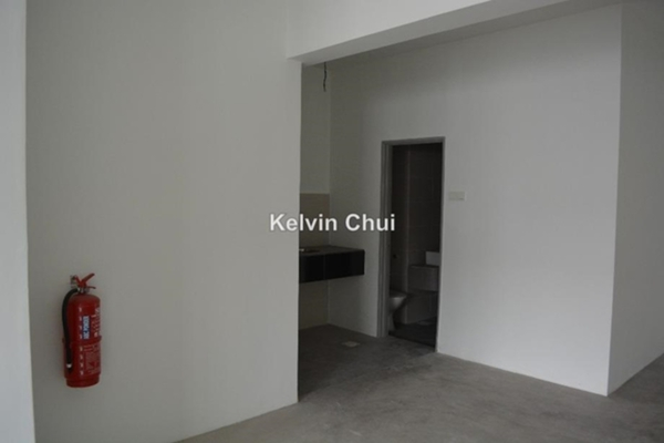For Rent Shop at Parklane Commercial Hub, Kelana Jaya Leasehold Unfurnished 0R/2B 1.8k