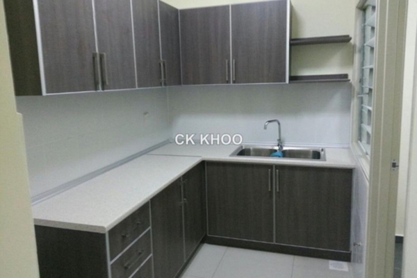 For Sale Condominium at 1120 Park Avenue, PJ South Leasehold Unfurnished 3R/2B 385k