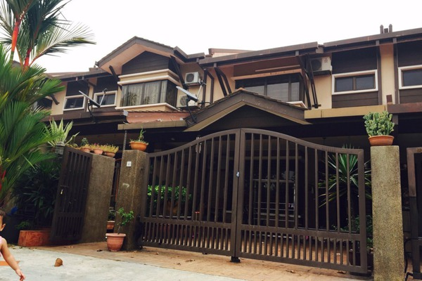 For Sale Terrace at Aroma Tropika, Shah Alam Freehold Unfurnished 4R/3B 760k
