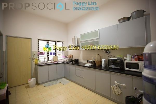 For Sale Terrace at Bandar Nusaputra, Puchong Leasehold Semi Furnished 4R/3B 550k