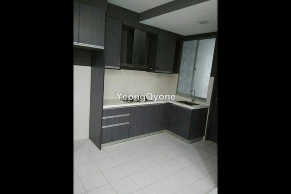 For Sale Apartment at Radius Residence, Selayang Heights Leasehold Semi Furnished 3R/2B 368k