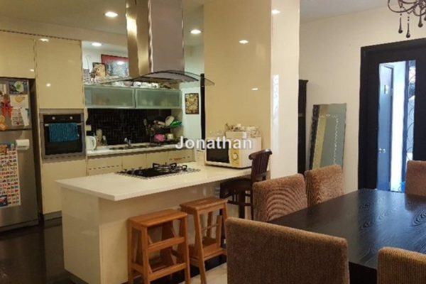 For Sale Terrace at BU12, Bandar Utama Freehold Semi Furnished 4R/3B 1.39m