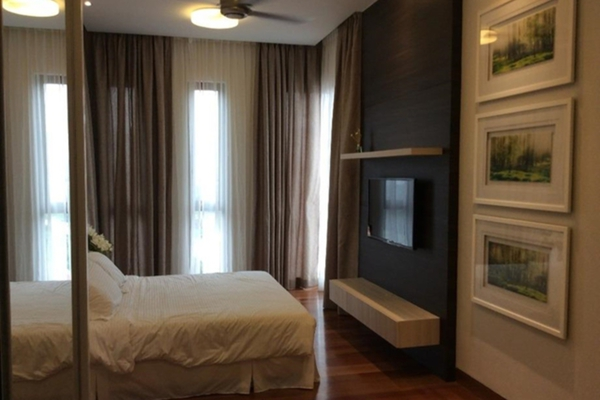 For Sale Serviced Residence at Icon Residence, Dutamas Freehold Semi Furnished 2R/2B 1.09m