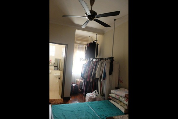 For Sale Terrace at Subang Bestari, Subang Leasehold Semi Furnished 4R/3B 1.1m