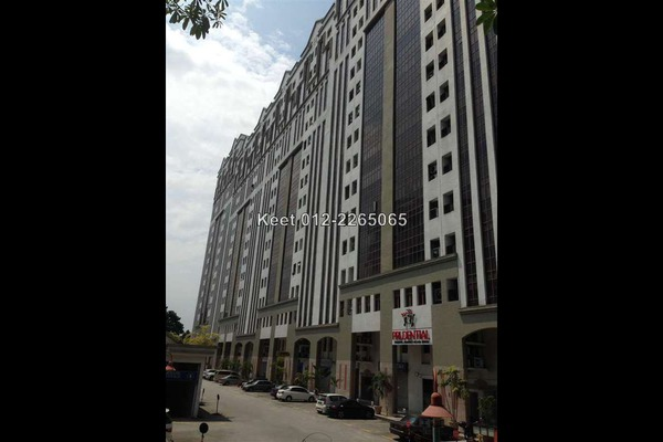 For Sale Office at Damansara Intan, Petaling Jaya Leasehold Semi Furnished 0R/2B 950k