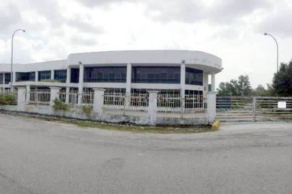 For Rent Factory at Bangi Industrial Estate, Bangi Freehold Semi Furnished 0R/6B 54k