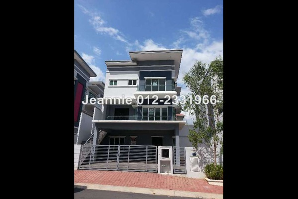 For Sale Bungalow at Ridgeview Residences, Kajang Freehold Unfurnished 4R/6B 1.68m
