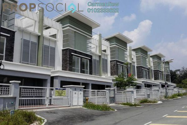 For Sale Terrace at Taman Sri Putra, Sungai Buloh Freehold Semi Furnished 5R/4B 735k