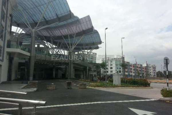 For Rent Office at The Atmosphere, Bandar Putra Permai Leasehold Unfurnished 0R/1B 1.4k