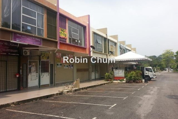 For Sale Shop at Taman Perkasa, Hulu Langat Freehold Unfurnished 0R/0B 580.0千
