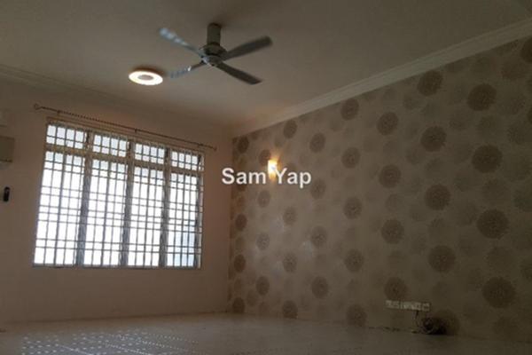 For Sale Terrace at Section 3, Bandar Mahkota Cheras Freehold Semi Furnished 4R/3B 600k