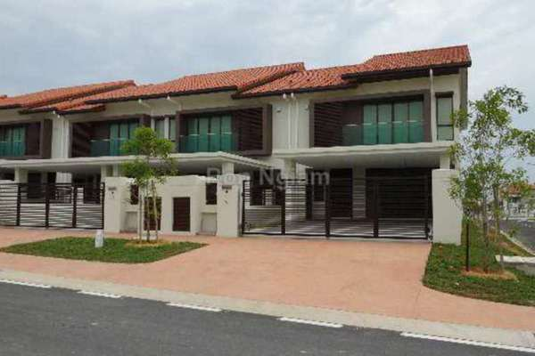 For Sale Terrace at Temasya Glenmarie, Shah Alam Freehold Unfurnished 4R/5B 2m