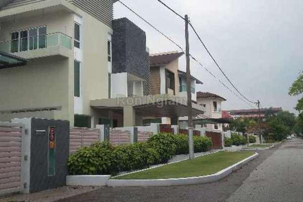 For Sale Bungalow at USJ 5, UEP Subang Jaya Freehold Semi Furnished 6R/6B 3.8m