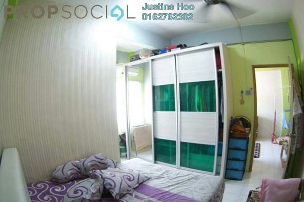 For Sale Apartment at Penaga Mas, Puchong Leasehold Semi Furnished 3R/2B 215k