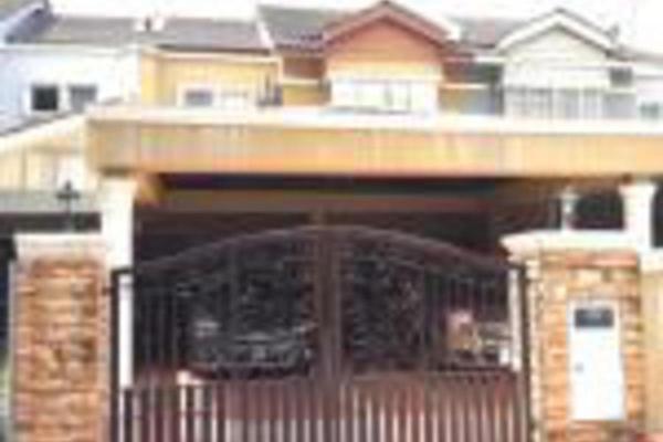 For Sale Terrace at Subang Bestari, Subang Leasehold Semi Furnished 4R/3B 615k