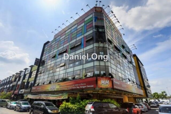 For Sale Shop at Lake Fields, Sungai Besi Leasehold Fully Furnished 0R/1B 12.9m