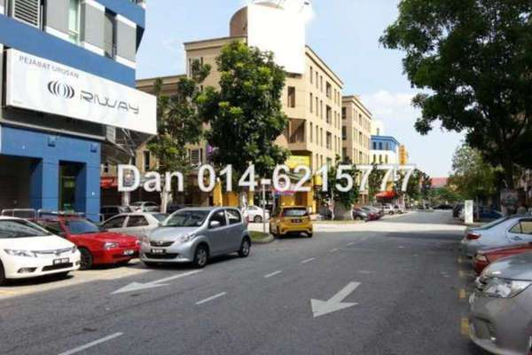 For Sale Shop at The Strand, Kota Damansara Leasehold Unfurnished 0R/4B 4m