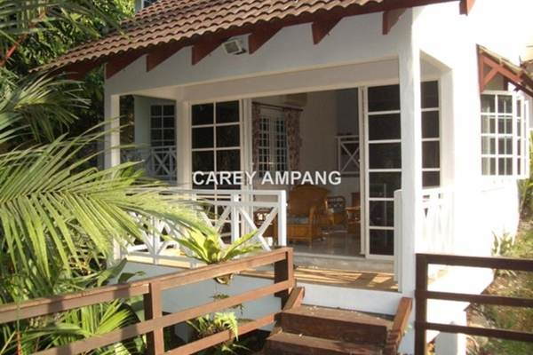 For Sale Bungalow at Taman Serendah Utama, Serendah Leasehold Semi Furnished 3R/3B 700k