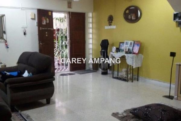 For Sale Semi-Detached at Taman Cuepacs, Batu 9 Cheras Freehold Semi Furnished 4R/4B 1.1m