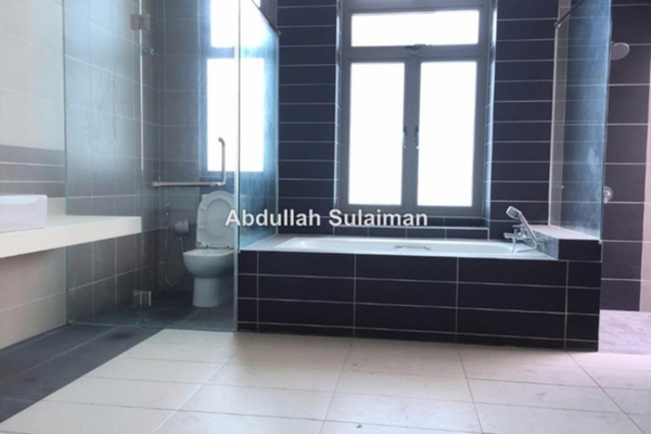 For Sale Superlink at D'Island, Puchong Leasehold Semi Furnished 4R/6B 1.2m