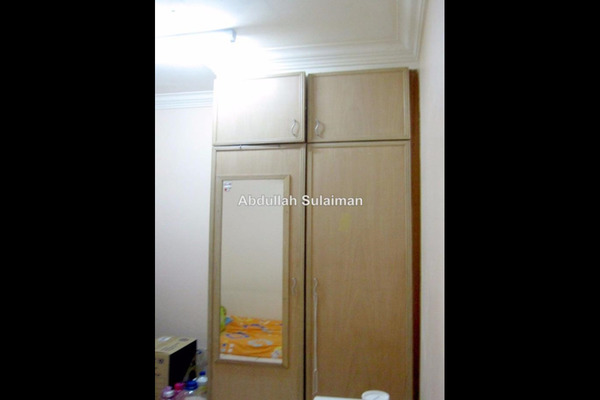 For Sale Apartment at Section 7, Shah Alam Leasehold Semi Furnished 3R/2B 255k