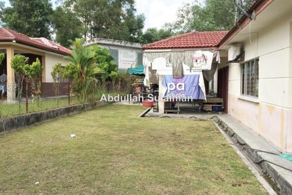For Sale Bungalow at Taman Kota Perdana, Bandar Putra Permai Leasehold Semi Furnished 3R/2B 650k