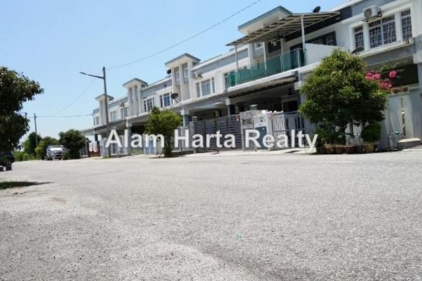 For Sale Terrace at Saujana Prima, Bandar Saujana Putra Freehold Unfurnished 4R/3B 550k