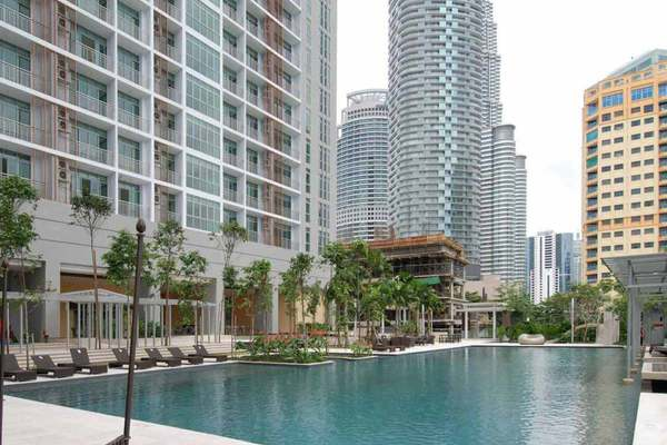 For Sale Condominium at Hampshire Residences, KLCC Freehold Semi Furnished 4R/3B 2.85m